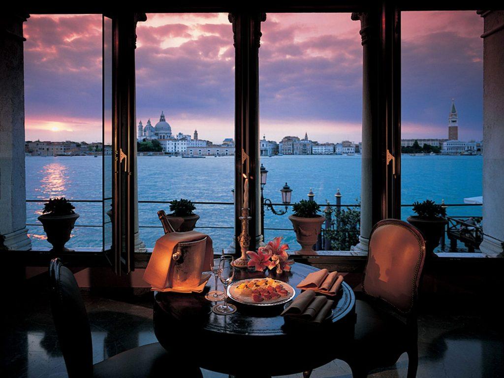 Venice-min