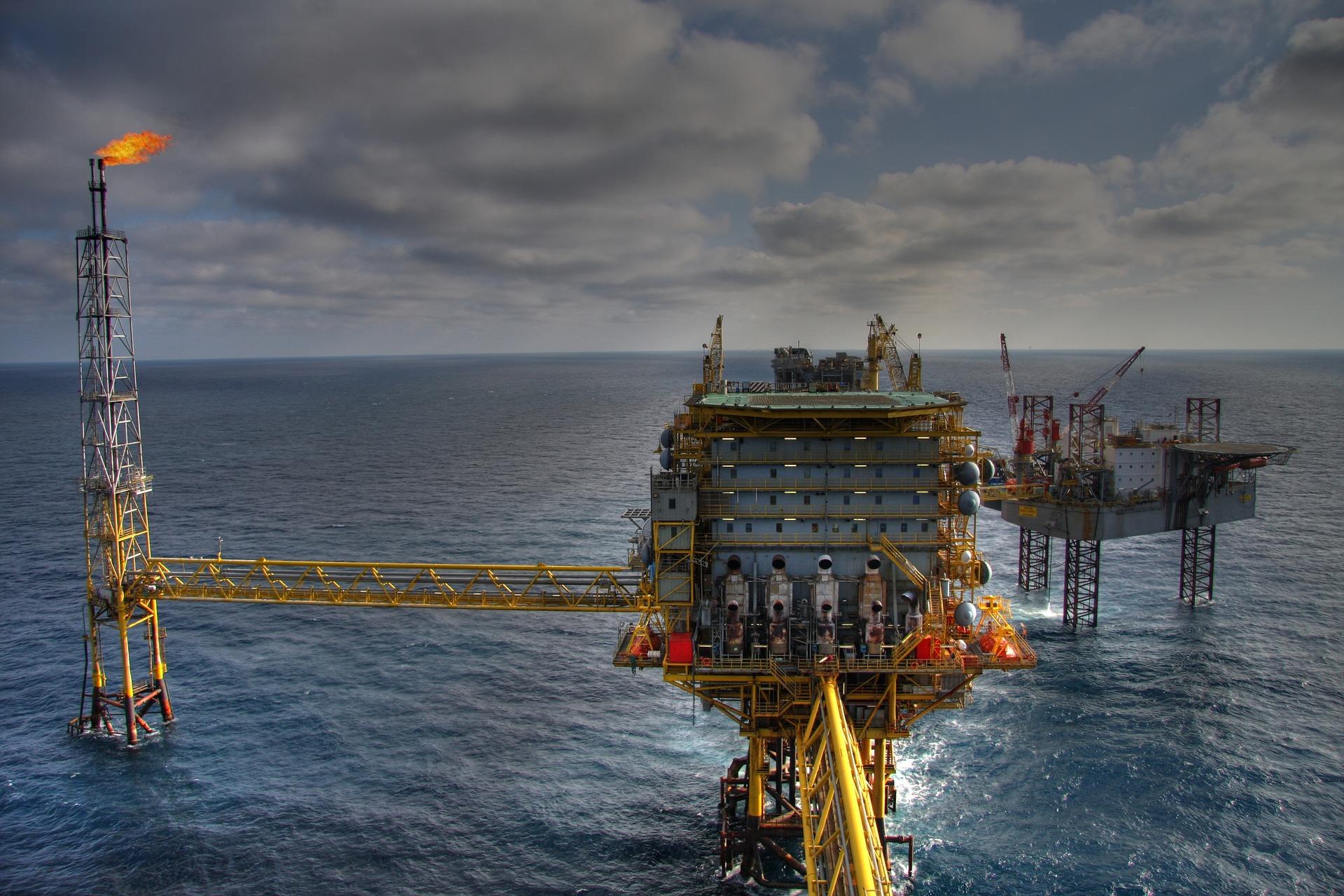 Gazprom_Halliburton_iDeals